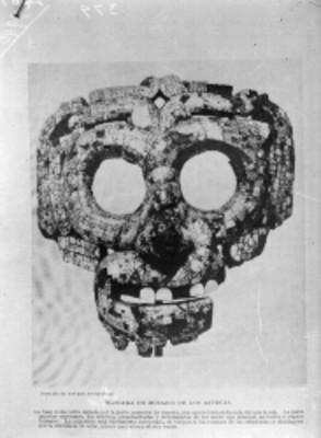 Máscara de manufactura Azteca elabora con mosaicos de turquesa