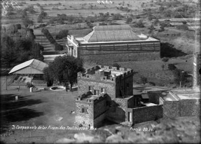 Campamento de las pirámides-Teotihuacán
