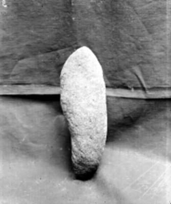 Detalle de percutor realizado en piedra
