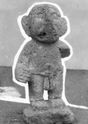 Escultura prehispánica antropomorfa