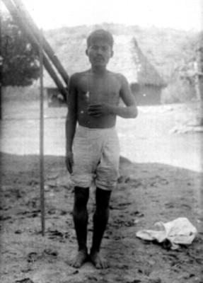 Hombre chinanteco de frente, retrato