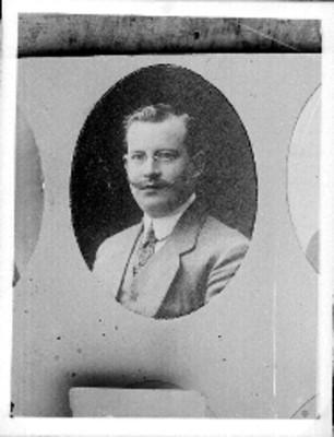 Manuel Aguirre Berlanga, retrato