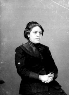 Concepción Salazar, empleada del Museo Nacional, retrato