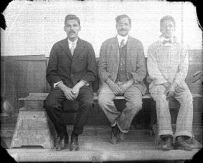 Empleados de la Dirección de Antropología, retrato de grupo