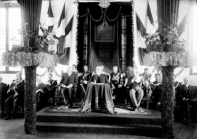 Porfirio Díaz durante ceremonia cívica