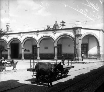 Palacio Municipal, fachada, vista parcial