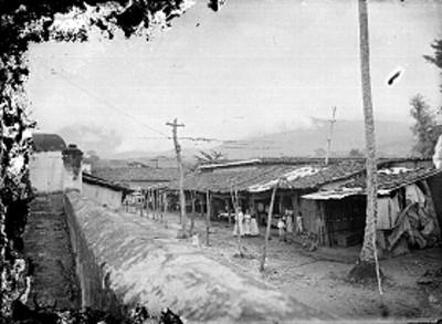 Casas de un poblado, vista parcial