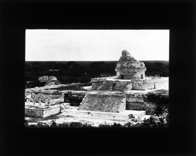 Observatorio en el Conjunto del Caracol en Chichén Itzá