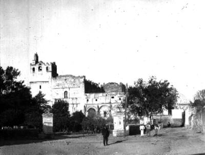 Convento Agustino de Yuriria, fachada, vista general
