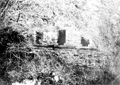 Extructura 39 de Yaxchilán antes de restauración, reprografía