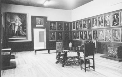 Sala de museo exhibe pintura virreinal, reprografía