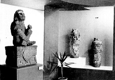 Exposición de esculturas prehispánicas, vista parcial