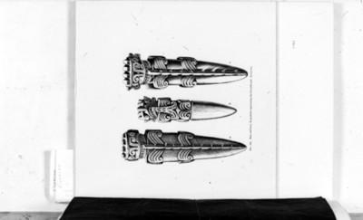 Dibujo de pendientes con la efigie del dios cocodrilo, reprografía