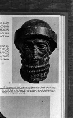 Escultura de un prisionero decapitado del periodo del rey Hammurabi, reprografía