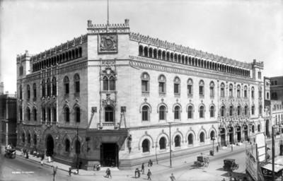Edificio de correos, fachada