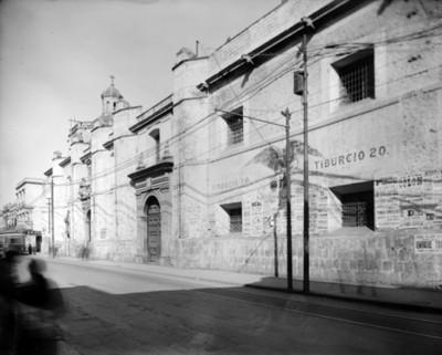 Convento e iglesia de Santa Catalina, fachada