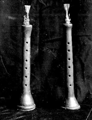 Flautas prehispánicas en exhibición