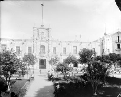 Palacio de Gobierno de Guadalajara, fachada