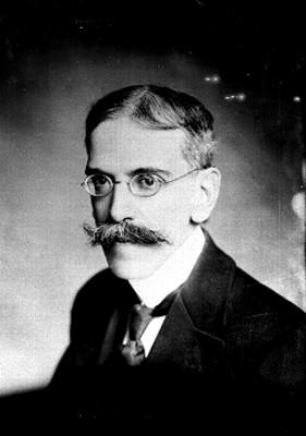 Luis González Obregón, retrato