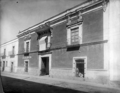 Casa, fachada