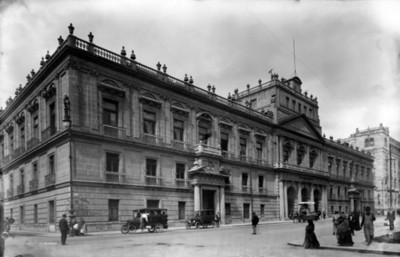 Palacio de Minería, exterior, vista parcial