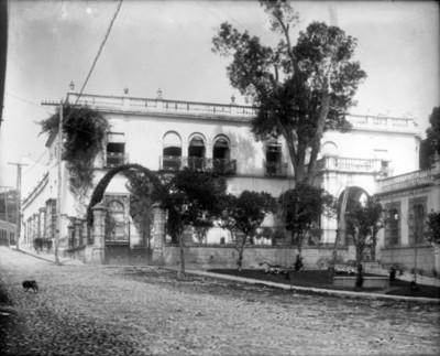 Casa del mayorazgo de Paguaga, fachada