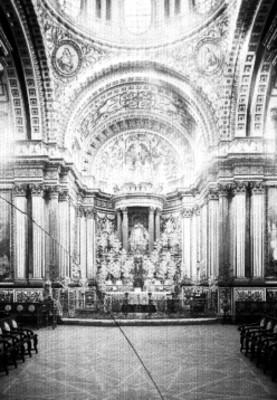 Altar de la Capilla de Nápoles, vista frontal