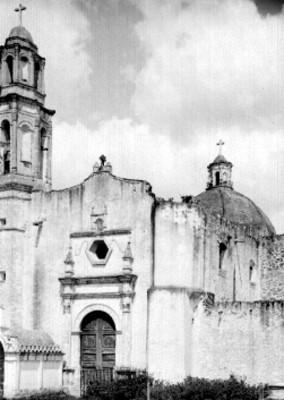 Iglesia de San Juan Evangelista, fachada