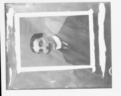 Luis Castillo Lendón, retrato