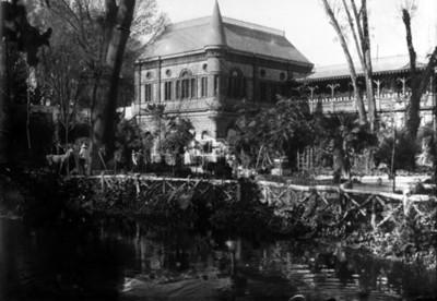 Anexo de servicio y galería de empleados de la residencia Azurmendi, vista parcial