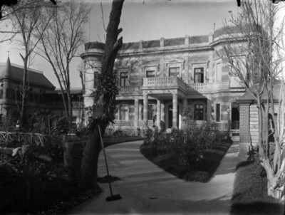 Mansión de Azurmendi, fachada