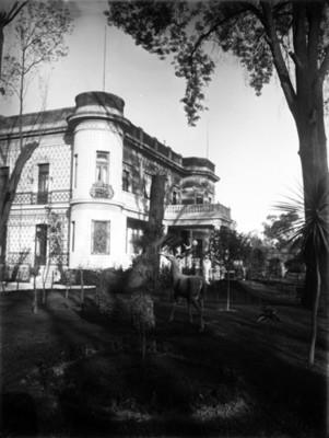 Jardín y casa de Azurmendi, vista parcial