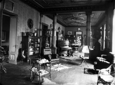Biblioteca de la residencia de Azurmendi, interior