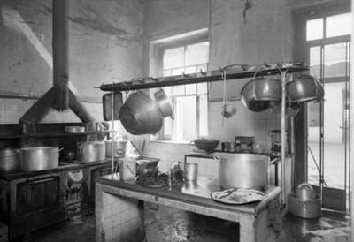 Cocina de un hospital, vista parcial