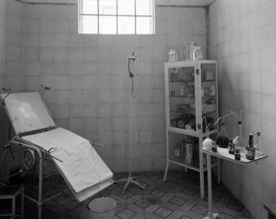 Consultorio médico de un orfanato, vista parcial