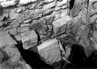 Excavación en las Tumbas No. 50 y 51
