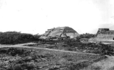 Vista general del Montículo M. después de los trabajos de reconstrucción
