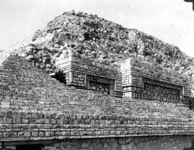 Reconstrucción del segundo cuerpo, lado norte