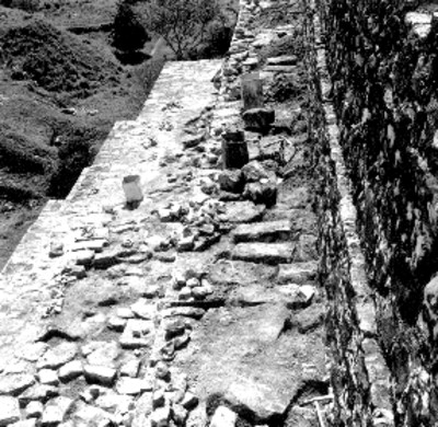 Trabajos de restauración de las escaleras de El Palacio, vista parcial