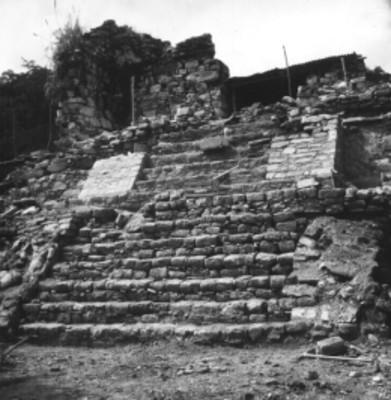 Templo 14 durante trabajos de reconstrucción