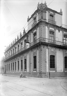 Banco Nacional, fachada