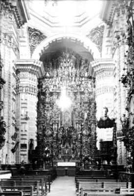 Altar mayor de la catedral de Santa Prisca
