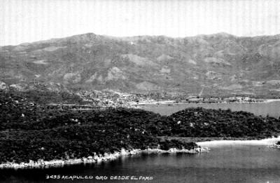 """Puerto de """"Acapulco"""", visto """"desde el faro"""""""