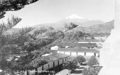"""Coscomatepec"", al fondo el Pico de Orizaba"