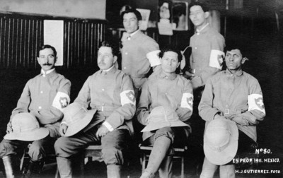 Socorristas de la Cruz Blanca, retrato de grupo