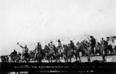 Un grupo de cabecillas revolucionarios en Miñaca