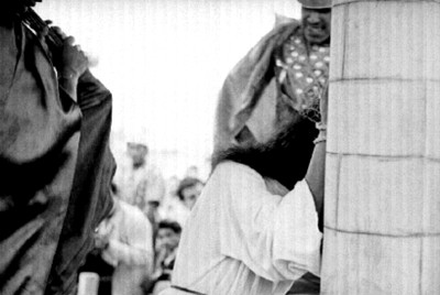 Jesucristo es azotado durante la Pasión de Cristo en Iztapalapa