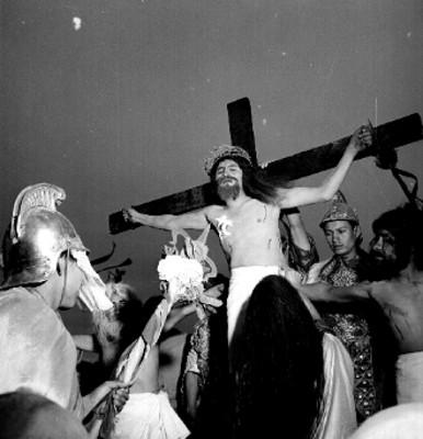Representación de la Crucifixión en Iztapalapa