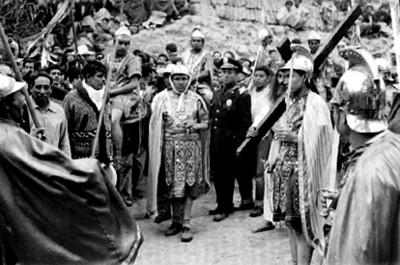 Romanos custodian a Jesús, escena de la Pasión de Cristo en Iztapalapa