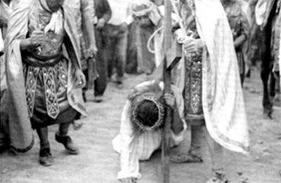Actores durante pasaje de la representación de la Pasión de Cristo en Iztapalapa